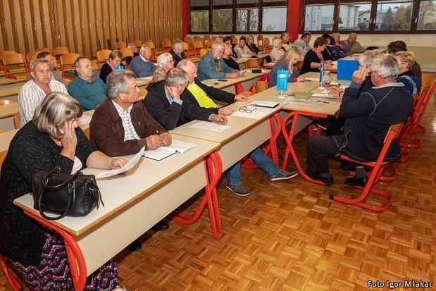 DeSUS kandidacijska konferenca Sestanek-DESUS-Slovenska-Bistrica-2