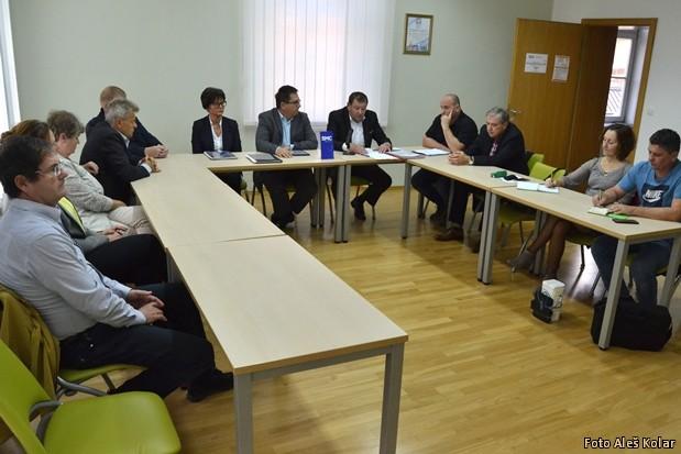 Tiskovka SMC predstavitev kandidata za zupana DSC 0096