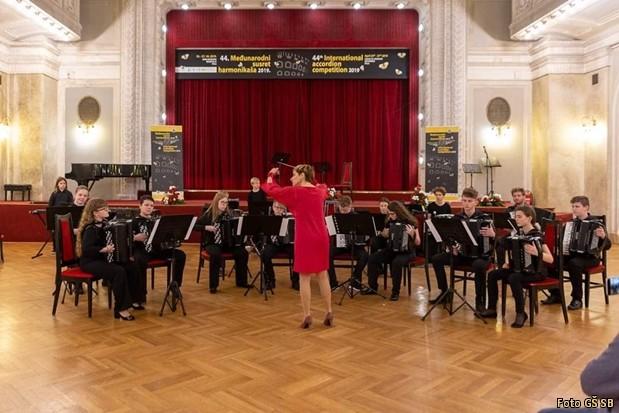 Mednarodno tekmovanje harmonikasev GS SLB mednarodno srecanje harmonikarjev 2019-010