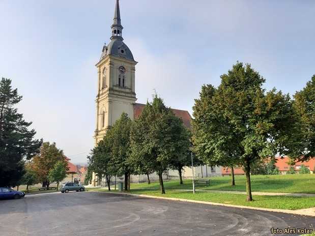 Blagoslov prenove okolice cerkve 20190825 091359
