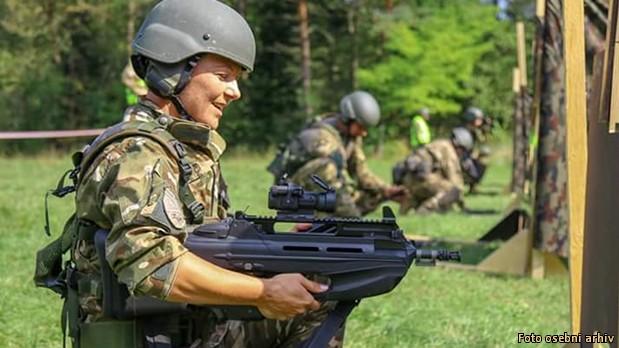 Naj vojakinja naj vojakinja 004