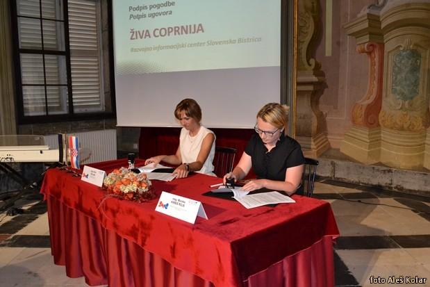 podpis pogodb Interreg Slo-HrDSC 0849