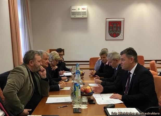 minister gasperic v slov-bistrici
