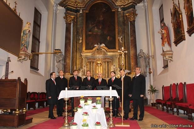 koncert slovenski oktet in oktet planika IMG 9130