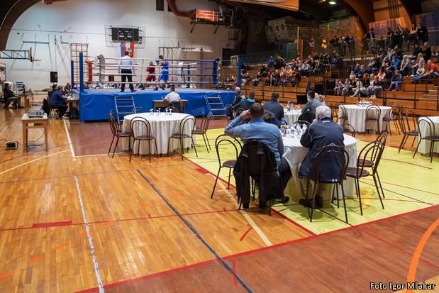 30 let boks kluba SB 30600